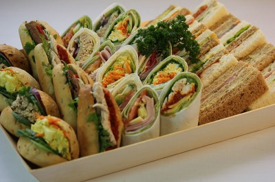 Mixed-Baguette-Wrap-Platter